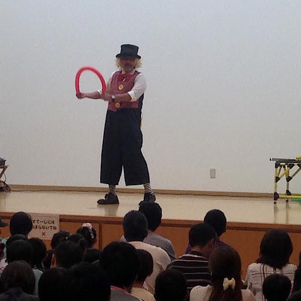 ピエロのトントさん バルーンマジック