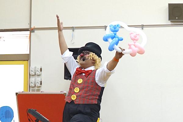 保育園のお楽しみ会で出張イベント!園児とピエロがお友だち♪愛知県尾張旭市