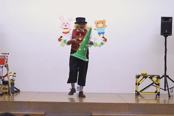 明知保育園のお楽しみ会でおしゃべりピエロの出張公演♪愛知県みよし市