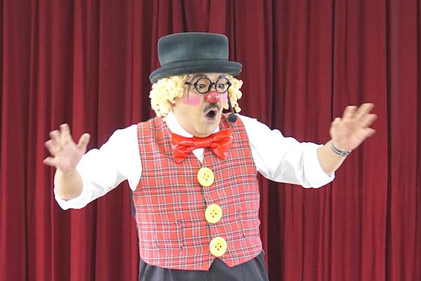 ほたる子ども会でピエロの出張イベント♪楽しいコメディショーにみんなでニッコリ♪愛知県知多市